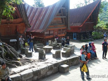 Kamenný nábytek Bataků