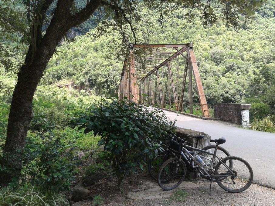 vale_dos_vinhedos_20160208_140631_ponte_de_ferro_luciana_vieira