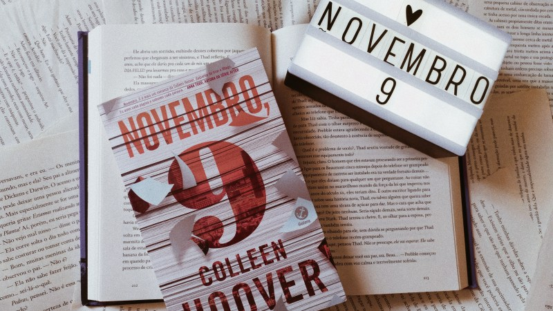 Resenha | Novembro, 9 – Colleen Hoover