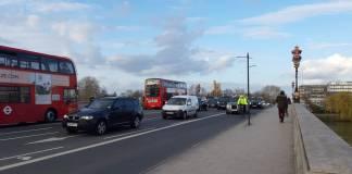 Actividad normal en las calles de Londres, Reino Unido