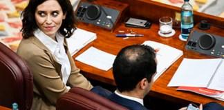 Isabel Díaz Ayuso en su escaño en la Asamblea de Madrid