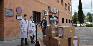 Reparto de material en el Hospital Príncipe de Asturias
