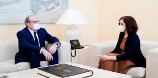 Gabilondo con Díaz Ayuso en una reunión sobre la COVID-19 en Madrid