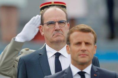 Macron y su primer ministro en el acto oficial por el 14 de julio de 2020
