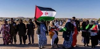 Sáhara Occidental, protestas de ciudadanos saharauis por la colonización marroquí.