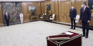 Miquel Iceta y Carolina Darias prometen ante el Rey sus cargos como ministro de Política Territorial y Función Pública y de Sanidad, respectivamente. 27ENE2021