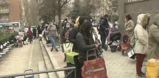 Servicios sociales Madrid colas Servimedia