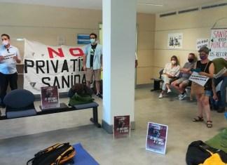 Representantes sociales y sindicales han ocupado este 25 de junio 2021 la Gerencia de Atención Primaria en Madrid © Pedro Casas