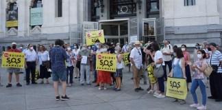 Madrid Cibeles protesta terrazas 20210721