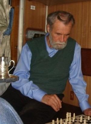 Vladímir Makanin ante el tablero