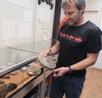 Fabien Langenegger con una muestra en Laténium