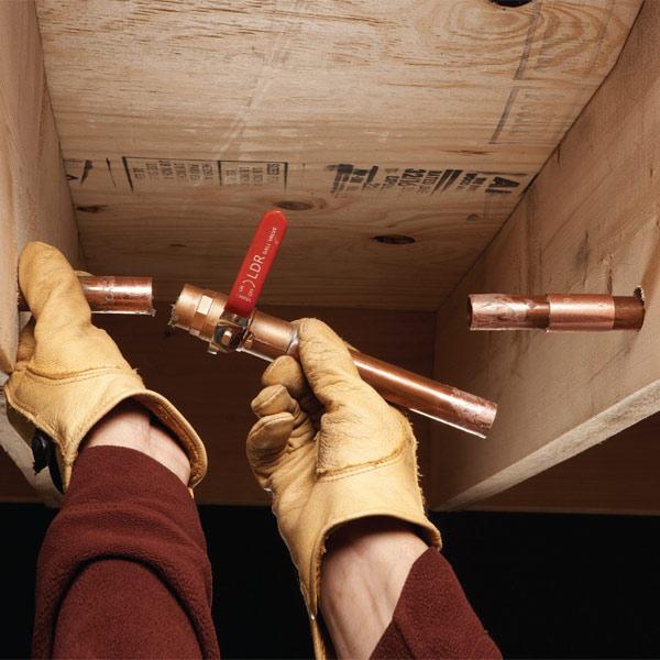 arreglar un tubo de cobre
