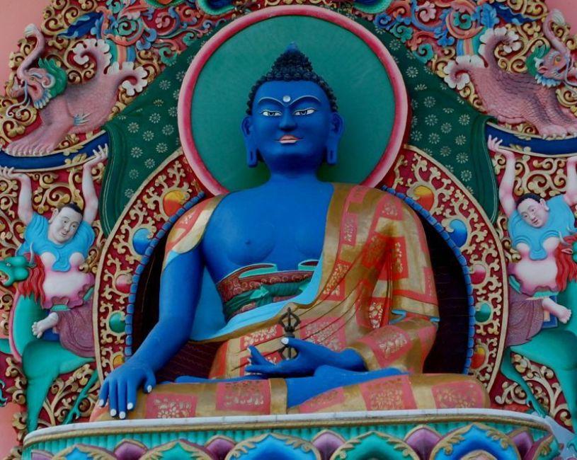 templo budista detalhe buda