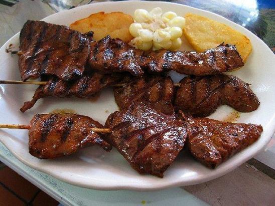 gastronomia lima anticuchos