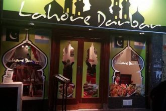 restaurante paquistanes lahore darbar fachada