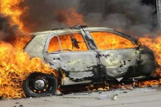 حريق مهول يأتي على سيارتين فاخرتين بأكادير