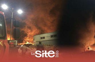 بالفيديو.. حريق مهول يلتهم سيارات وشاحنات بسوق الجملة