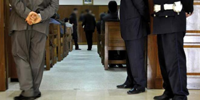 موظفون يسرقون 250 هاتفا بمحكمة ابن جرير