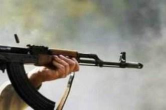 مواجهات دامية بين عائلتين بسبب القنب الهندي تنتهي بإصابة شاب بشظايا الرصاص