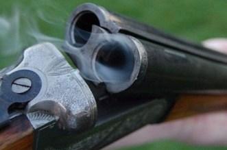 خطير.. شخص يطلق الرصاص من بندقيته على جارته بالناظور ويتسبب لها في جروح