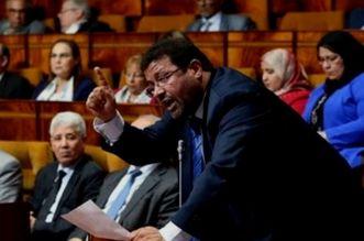 """صراعات """"البام"""" تجد طريقها نحو فريقه البرلماني.. مطالب بتغيير الرئاسة"""