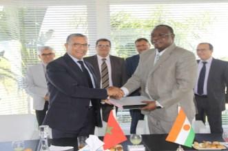 ONEE يدعم النيجر في مجال كهربة العالم القروي ويشيد محطات شمسية