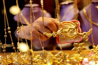 ارتفاع أسعار الذهب بسبب استمرار مخاوف اتفاق التجارة والتباطؤ العالمي