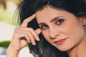 بالفيديو.. الخمليشي تكشف أسباب نشر صورها المثيرة مع مدربها الخاص
