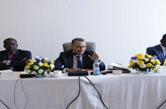 الحافظي يترأس اجتماعا بأوغندا بمشاركة مسؤولين إفريقيين كبار في شركات الماء الشروب