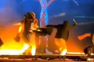 طعن 3 فنانين خلال عرض مسرحي في السعودية