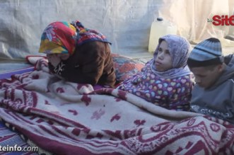 معاناة أب مع أولاده 3 المعاقين بإقليم تاونات: واش هادو ماشي مغاربة؟ -فيديو