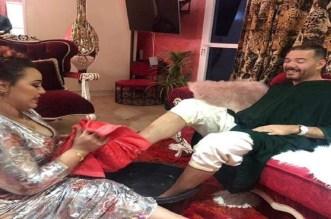 """الشيخة """"طراكس"""" تفاجئ جمهورها بفيديو كليب جديد رفقة عادل الميلودي"""