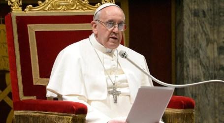 بابا الفاتيكان: المرشح الرئاسي الأمريكي ترامب ليس مسيحياً
