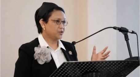 وزيرة الخارجية ريتنو مارسودي تتسلم جائزة التغييرمن طرف وكيل الأمم المتحدة
