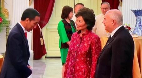خمسة مبعوثين خاصين من الدول الصديقة يزورون جوكووي في القصر