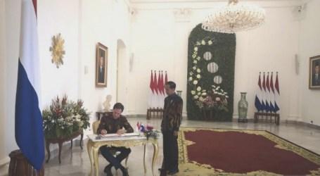 رئيس الوزراء الهولندي مارك روتي في زيارة لإندونيسيا