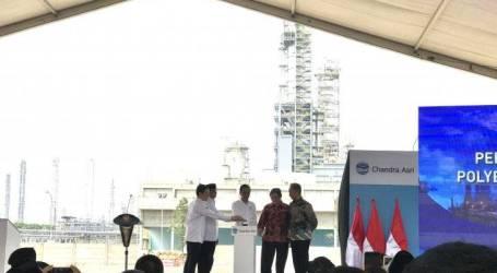 الرئيس يفتتح مصنع البولي إثيلين في شاندرا أسري في بانتن