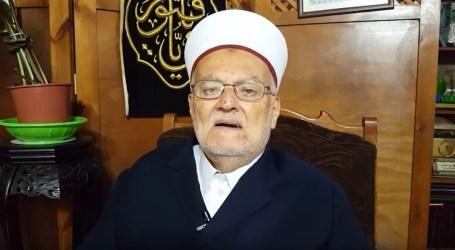 """إبعاد الاحتلال الشيخ """"صبري"""" عن الأقصى لمدة أسبوع"""