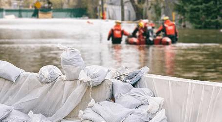 الفيضانات تغمر عدة مناطق في مدينة جورونتالو