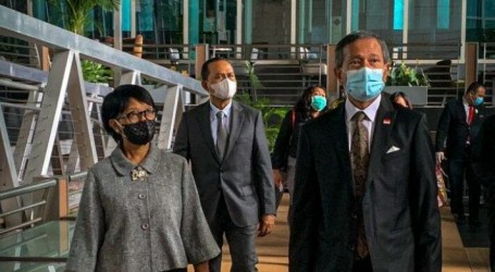 وزيرة الخارجية الاندونيسية تلتقي بنظيرها السنغافوري للبحث في خطوات أسيان تجاه ميانمار