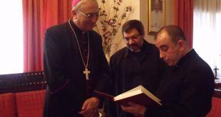 وفد من رعية مار كيوركيس التابعة لكنيسة المشرق الاشورية بدمشق يقوم بزيارة السفارة البابوية