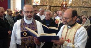نيافة الاسقف مار عمانوئيل، يترأس قداس جناز ومراسيم دفن القس المرحوم، شمعون شارلمان شموئيل في كندا