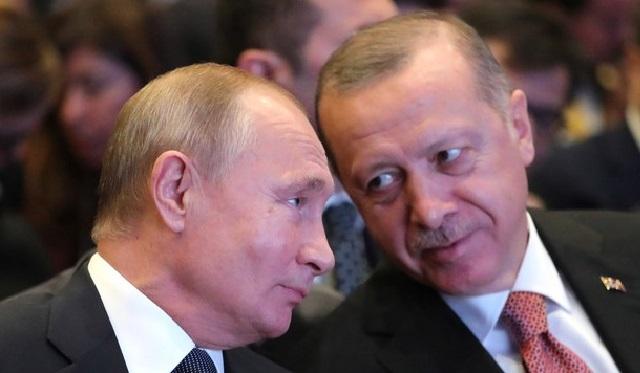 أردوغان قبل دعوة لزيارة موسكو: بعد رفضه  للطلب الامريكي بوقف إطلاق النار شمال شرقي سوريا