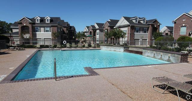 9100 Mills Rd, Houston, TX 77070