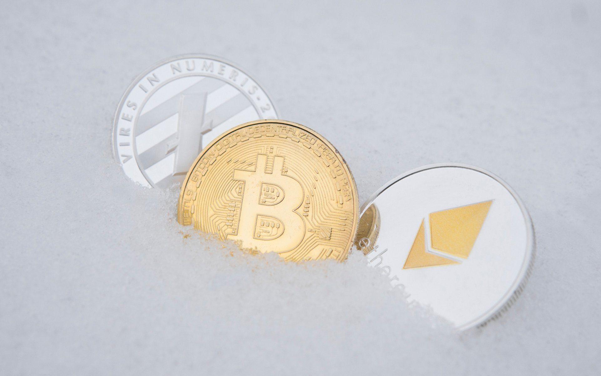 أسباب انهيار منصات تداول العملات الرقمية