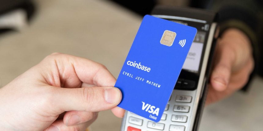 منصة Coinbase تطلق بطاقة بنكية تتيح لك الشراء بواسطة العملات الرقمية