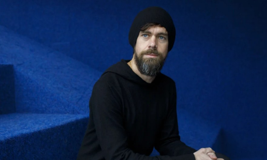 مؤسس تويتر ينفي مزاعم إطلاق عملة رقمية مشفرة مثل فيسبوك
