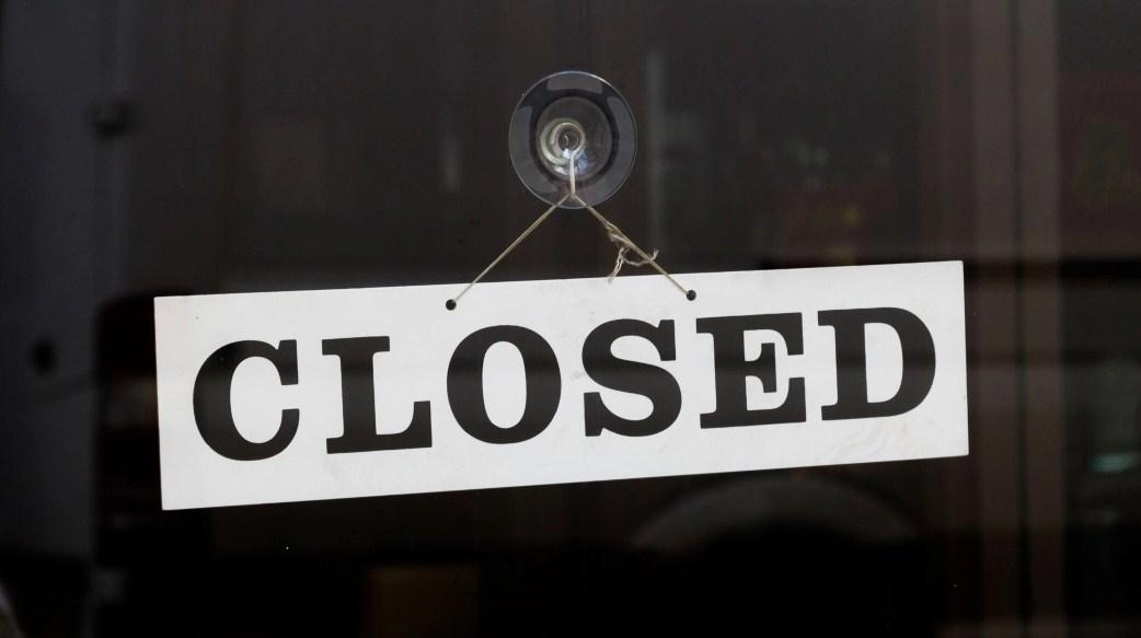 """منصة تداول العملات الرقمية """"Einstein"""" تغلق أبوابها مع ديون فاقت 12 مليون دولار لمستخدميها"""