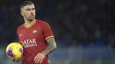 صورة رسميا.. إنتر ميلان يعلن إنضمام لاعب روما لصفوفه