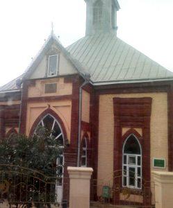 مسجد سكينة خانم 249x300 - الوجهات السياحية في مدينة قوبا